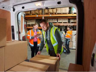 Nên lập danh sách sắp xếp thùng đồ để tiết kiệm được chi phí di chuyển