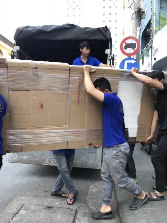 Kiến Vàng - Vận chuyển văn phòng trọn gói hcm