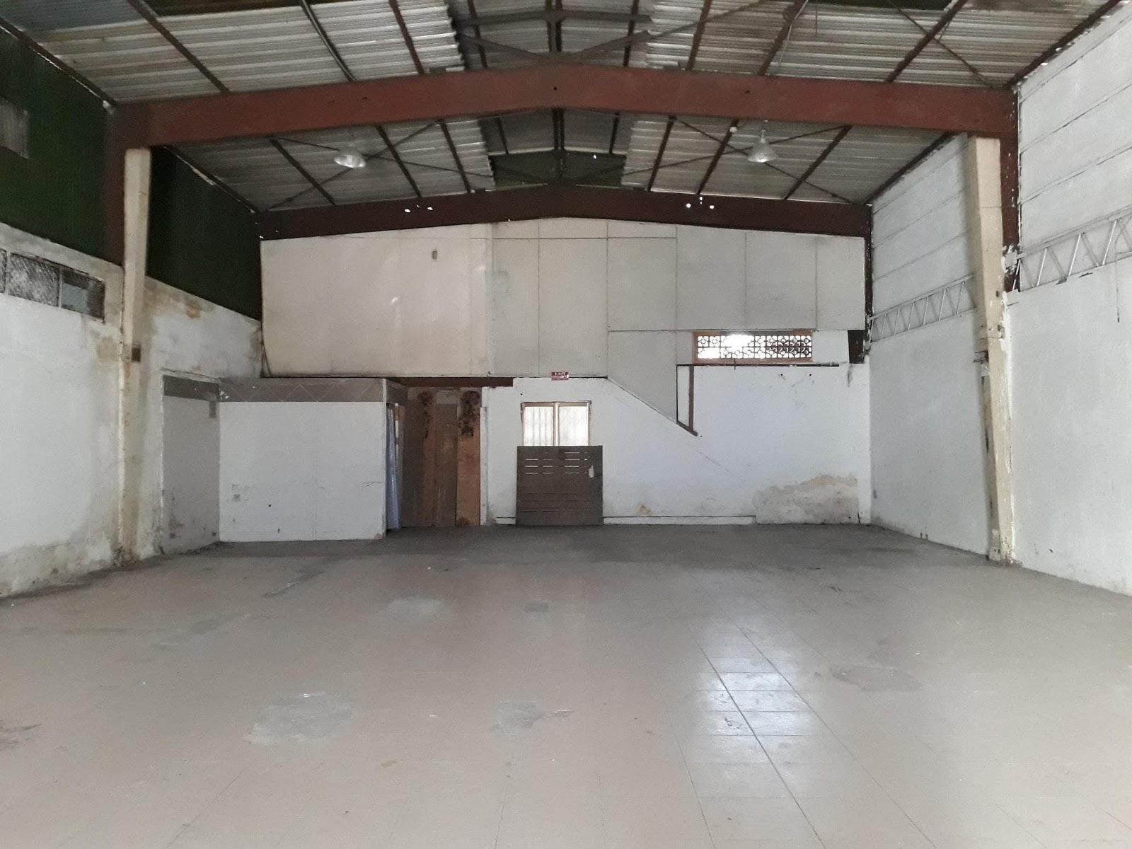 Kho xưởng được dọn sạch sẽ sau di dời