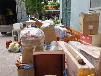Hàng hóa được sắp xếp gọn gàng để tiết kiệm thời gian thiết kế lại nhà mới