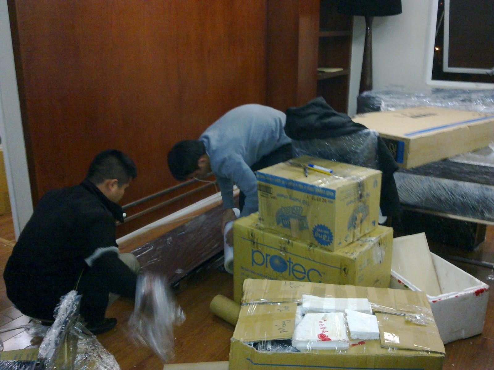 Đóng gói và phân loại đồ đạc theo từng phòng ban cụ thể